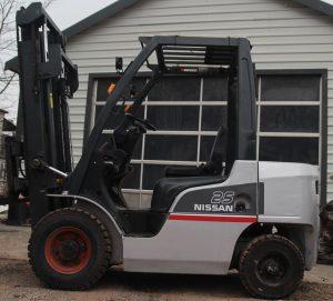 Wózek widłowy Nissan Y1A25